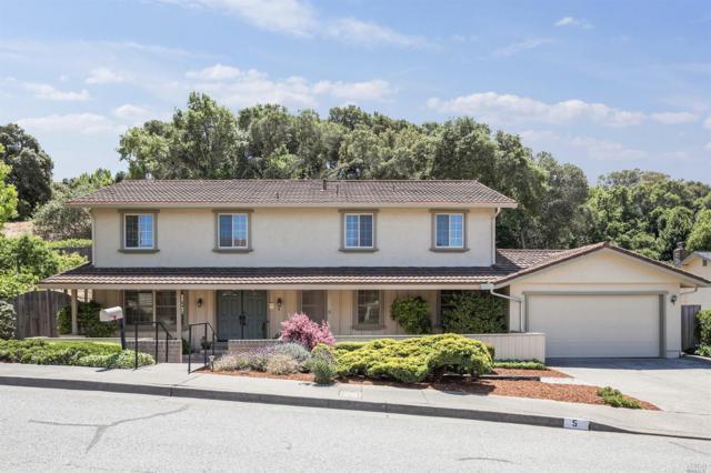 5 Coast Oak Way, San Rafael, CA 94903 (#21811846) :: Ben Kinney Real Estate Team