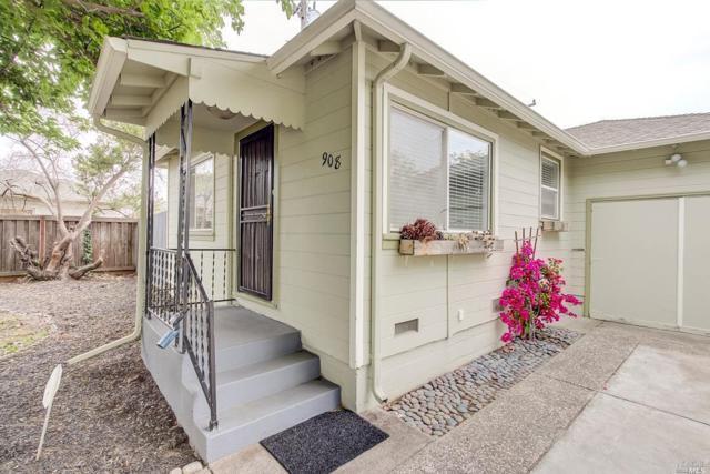 908 Mariposa Street, Vallejo, CA 94590 (#21812361) :: Ben Kinney Real Estate Team