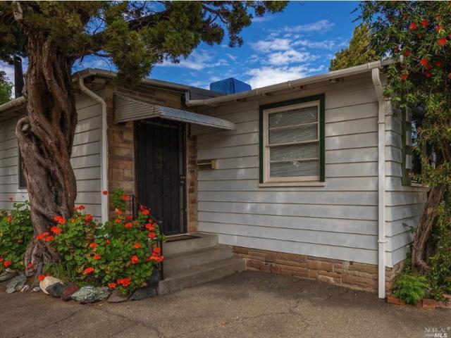 398 Peach Street, Ukiah, CA 95482 (#21812371) :: Ben Kinney Real Estate Team