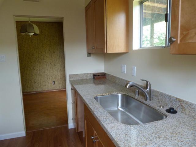 3 Santa Barbara Avenue, San Anselmo, CA 94960 (#21812399) :: Ben Kinney Real Estate Team