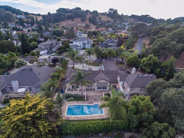 12 Kotsaris Court, Petaluma, CA 94952 (#21812623) :: Ben Kinney Real Estate Team