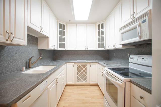 638 Arcadia Drive, Vacaville, CA 95687 (#21813451) :: Rapisarda Real Estate
