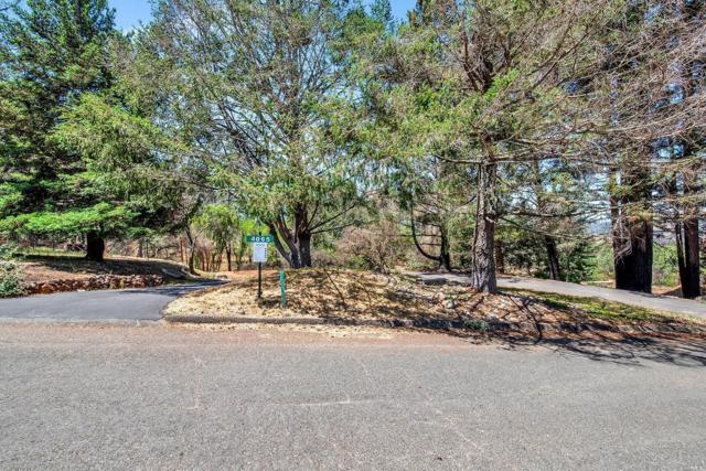 4065 Bayberry Drive, Santa Rosa, CA 95404 (#21814935) :: Rapisarda Real Estate