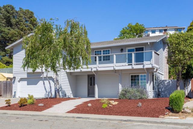 1272 W 14th Street, Benicia, CA 94510 (#21814969) :: Rapisarda Real Estate