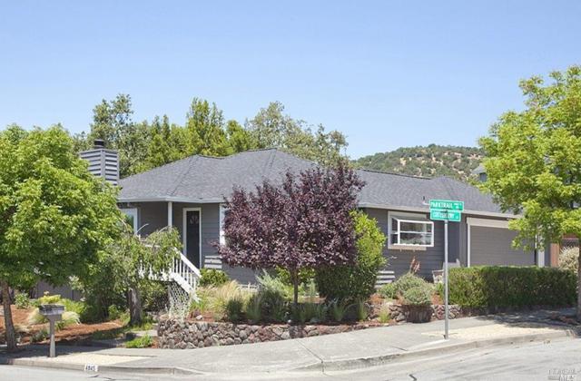 4845 Parktrail Drive, Santa Rosa, CA 95405 (#21816102) :: Rapisarda Real Estate