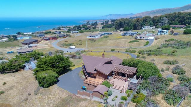 5378 La Dia Court, Bodega Bay, CA 94923 (#21817292) :: RE/MAX GOLD