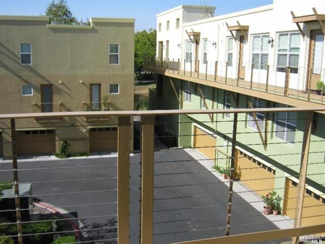 274 City Center Drive, Rohnert Park, CA 94928 (#21818831) :: W Real Estate   Luxury Team