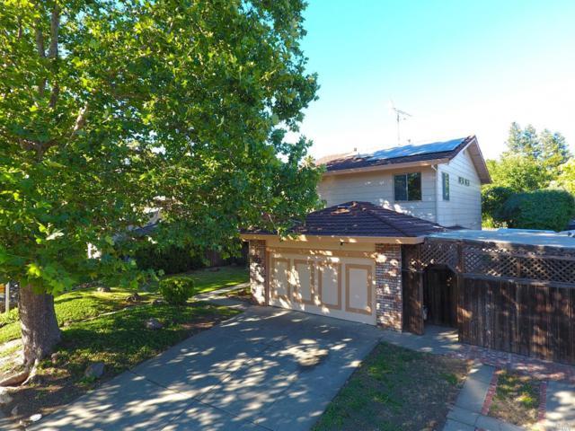 1010 N Lincoln Street, Dixon, CA 95620 (#21818907) :: Rapisarda Real Estate
