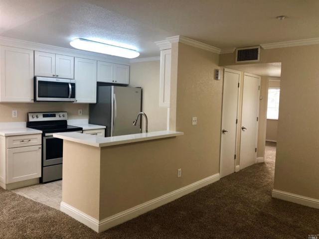 2001 Eastwood Drive #17, Vacaville, CA 95687 (#21821301) :: Rapisarda Real Estate