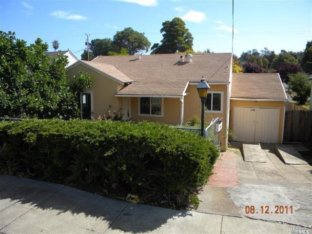 1120 5TH Street, Vallejo, CA 94590 (#21822783) :: Perisson Real Estate, Inc.