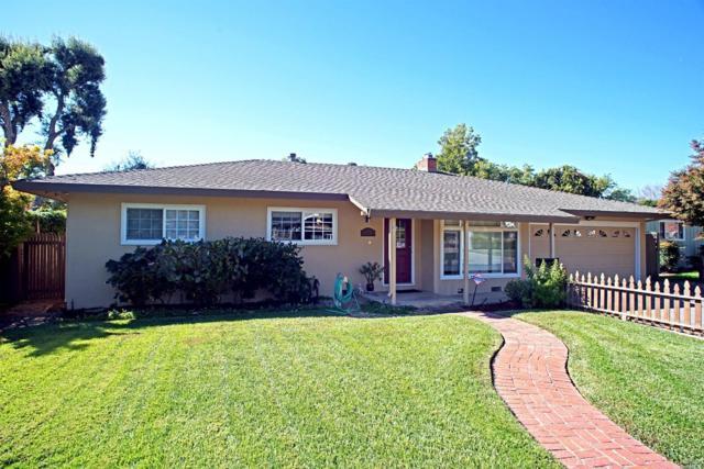 225 Peach Tree Avenue, Vacaville, CA 95688 (#21824217) :: Ben Kinney Real Estate Team