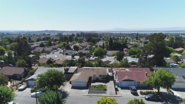 245 Redwing Street, Vallejo, CA 94589 (#21824347) :: Ben Kinney Real Estate Team