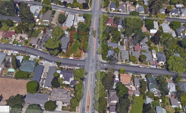 1706 E Street, Napa, CA 94559 (#21824415) :: Ben Kinney Real Estate Team