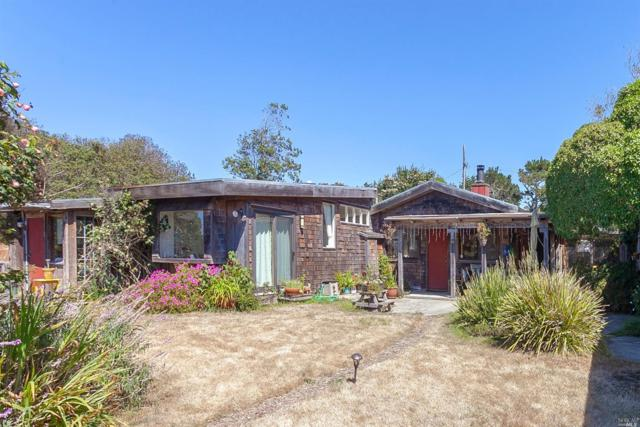 420 Walnut Road, Bolinas, CA 94924 (#21824423) :: Rapisarda Real Estate