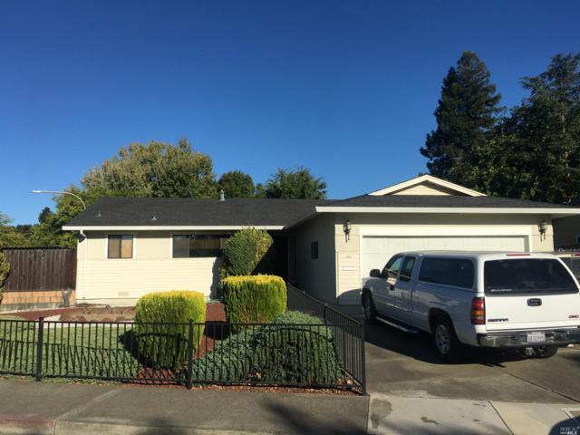 1352 Lily Street, Healdsburg, CA 95448 (#21824845) :: Ben Kinney Real Estate Team