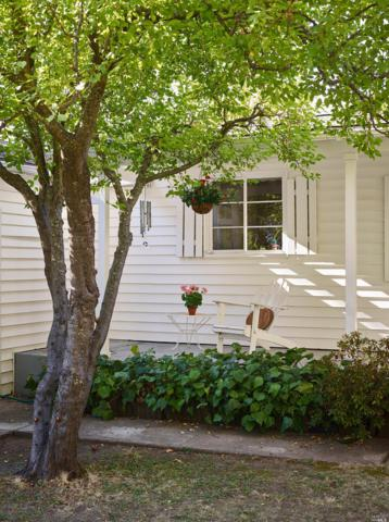 19 Arch Way, Calistoga, CA 94515 (#21825329) :: Perisson Real Estate, Inc.