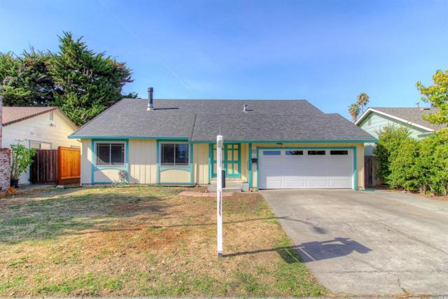 1019 Santa Clara Lane, Petaluma, CA 94954 (#21828182) :: Rapisarda Real Estate
