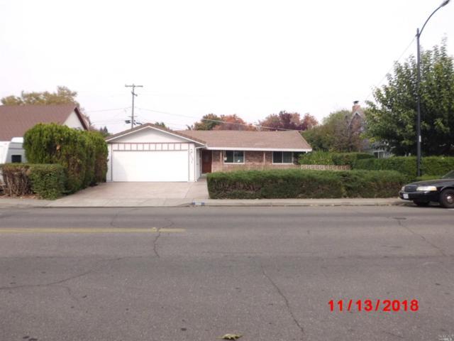 558 W Monte Vista Avenue, Vacaville, CA 95688 (#21829223) :: Windermere Hulsey & Associates