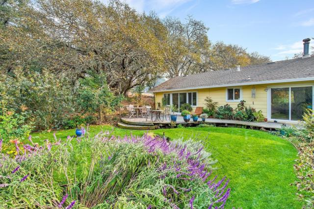 6300 Fredricks Road, Sebastopol, CA 95472 (#21829626) :: Intero Real Estate Services