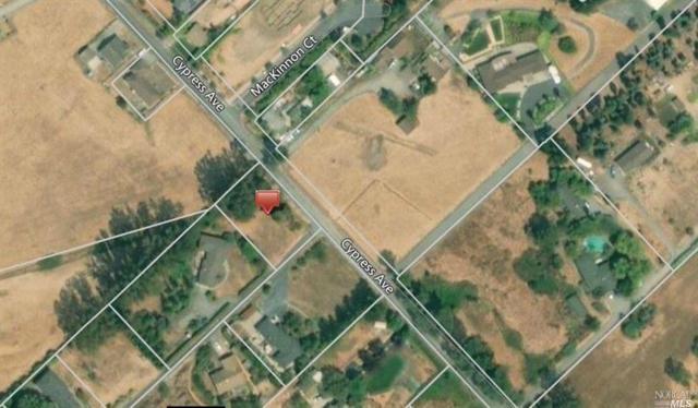 8898 Cypress Avenue, Cotati, CA 94931 (#21830384) :: RE/MAX GOLD