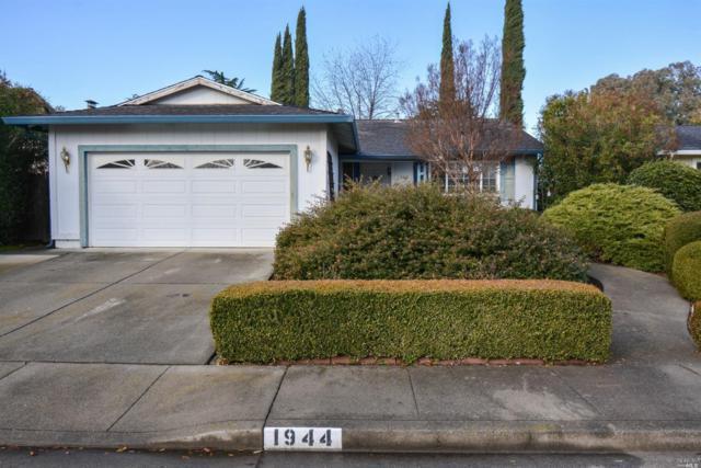 1944 Tanglewood Lane, Vacaville, CA 95687 (#21900843) :: Michael Hulsey & Associates