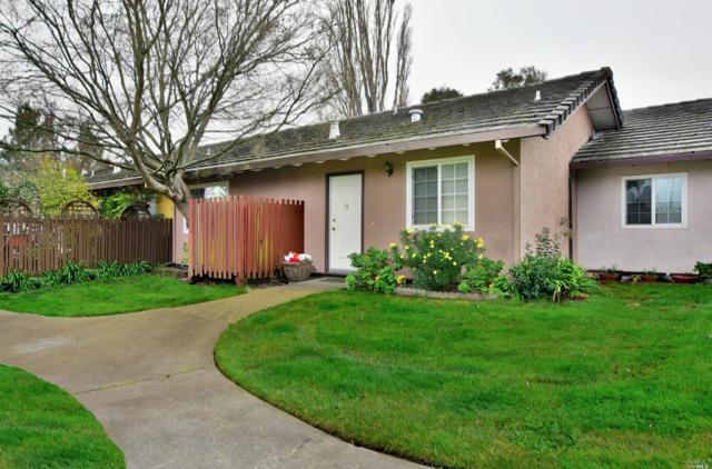 11 Vineyard Circle, Sonoma, CA 95476 (#21900957) :: Lisa Perotti | Zephyr Real Estate
