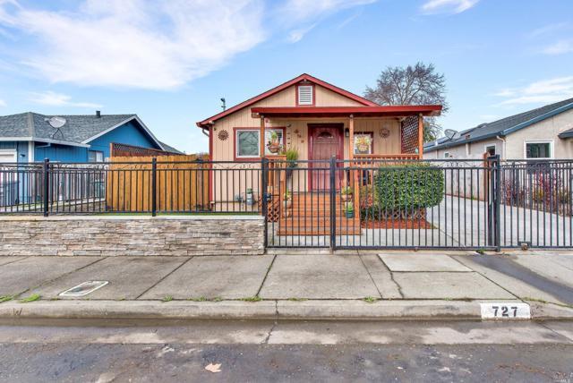 727 Milton Street, Santa Rosa, CA 95404 (#21902355) :: Ben Kinney Real Estate Team