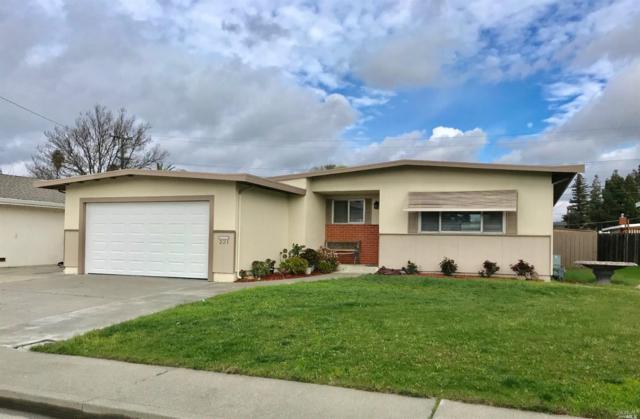 221 Santa Ana Court, Fairfield, CA 94533 (#21903197) :: Ben Kinney Real Estate Team