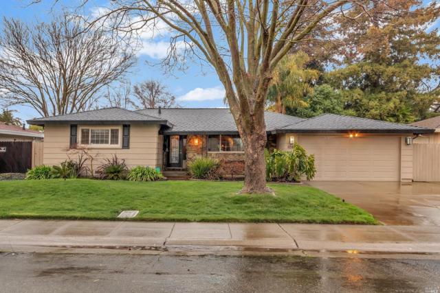 658 Clipper Way, Sacramento, CA 95831 (#21903379) :: Ben Kinney Real Estate Team