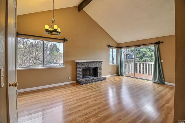 1802 Shirley Drive #2, Benicia, CA 94510 (#21903625) :: Rapisarda Real Estate