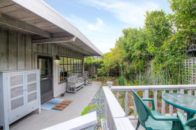 17 Calle Del Pinos, Stinson Beach, CA 94970 (#21905106) :: Rapisarda Real Estate