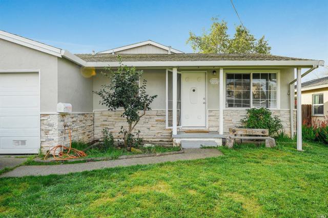 117 Carmel Drive, American Canyon, CA 94503 (#21905953) :: Rapisarda Real Estate
