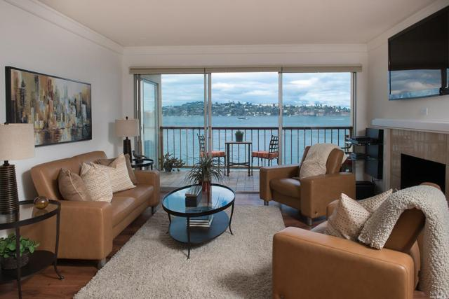 100 South Street #112, Sausalito, CA 94965 (#21906058) :: Rapisarda Real Estate