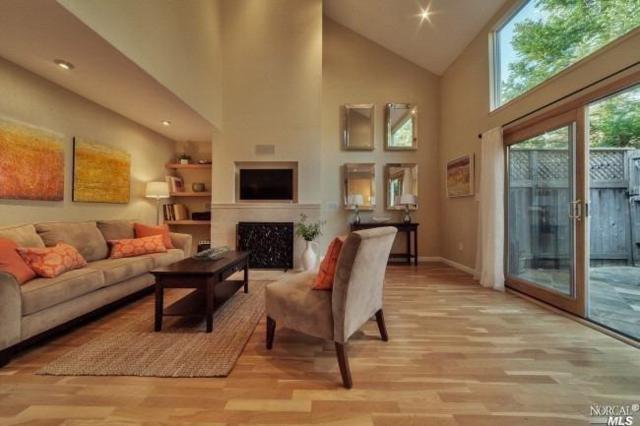 392 Shoreline Highway, Mill Valley, CA 94941 (#21906716) :: Michael Hulsey & Associates