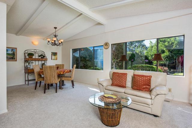 4 Laguna Seca Court, St. Helena, CA 94574 (#21907705) :: W Real Estate | Luxury Team