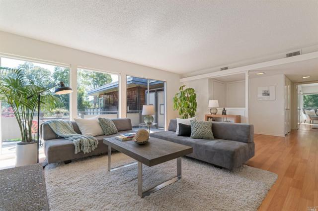 131 Pixley Avenue, Corte Madera, CA 94925 (#21908178) :: Lisa Perotti | Zephyr Real Estate