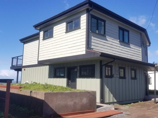 7005 Cliff Avenue, Bodega Bay, CA 94923 (#21908417) :: RE/MAX GOLD