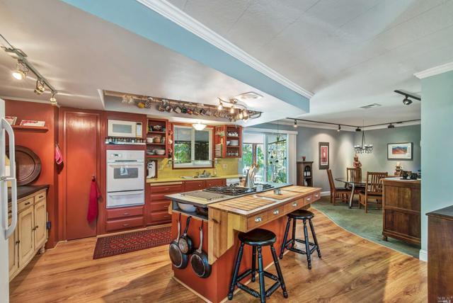 37 Sequoia Circle, Santa Rosa, CA 95401 (#21908592) :: Michael Hulsey & Associates