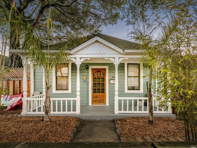 229 Bodega Avenue, Petaluma, CA 94952 (#21908740) :: Lisa Perotti | Zephyr Real Estate