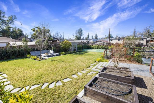 101 Marion Lane, Healdsburg, CA 95448 (#21909108) :: Lisa Perotti | Zephyr Real Estate