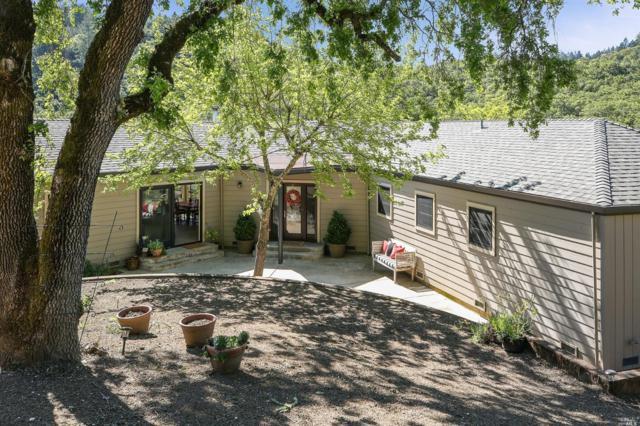 2125 Brack Rd. Road, Healdsburg, CA 95448 (#21909432) :: Intero Real Estate Services