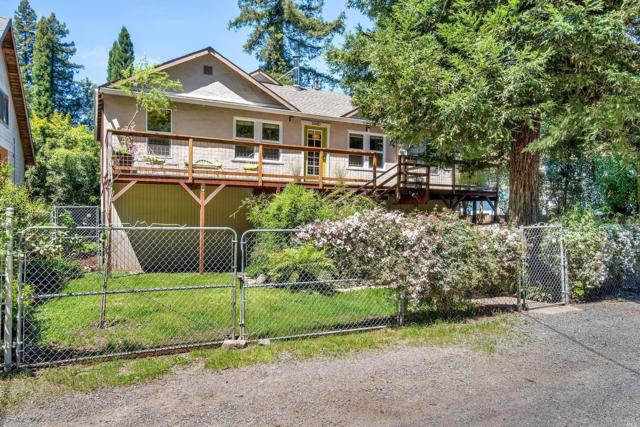 10680 Forest Hills Road, Forestville, CA 95436 (#21910390) :: RE/MAX GOLD