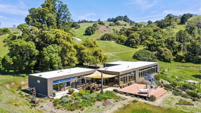 20920 Yorkville Ranch Road, Yorkville, CA 95494 (#21910656) :: Intero Real Estate Services