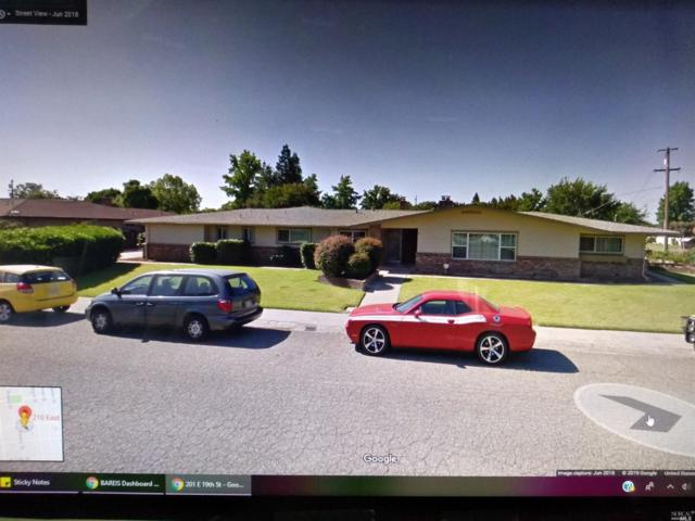 210 E 19th Street, Marysville, CA 95901 (#21912433) :: Michael Hulsey & Associates