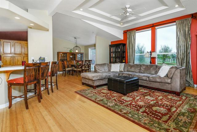 4210 Miles Avenue, Santa Rosa, CA 95407 (#21912537) :: Intero Real Estate Services