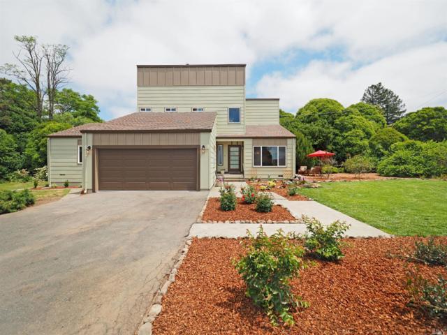 2301 Curtis Drive, Penngrove, CA 94951 (#21912883) :: Intero Real Estate Services
