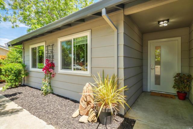 235 Carlisle Way, Benicia, CA 94510 (#21912959) :: Intero Real Estate Services