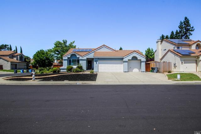 868 Monaghan Circle, Vacaville, CA 95688 (#21913380) :: Rapisarda Real Estate