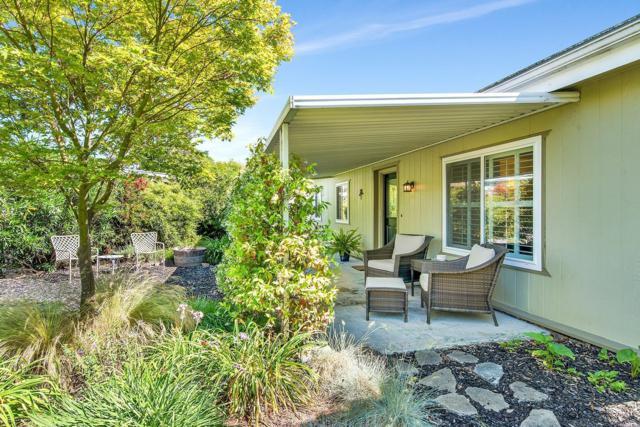 39 Sequoia Circle, Santa Rosa, CA 95401 (#21914759) :: Lisa Perotti | Zephyr Real Estate