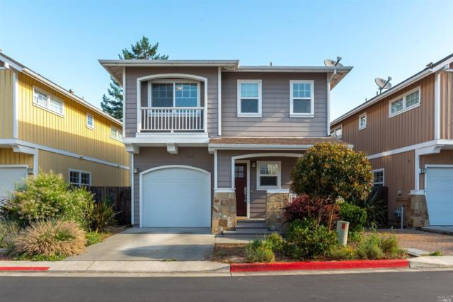 949 Martin Circle, Petaluma, CA 94952 (#21915221) :: Rapisarda Real Estate